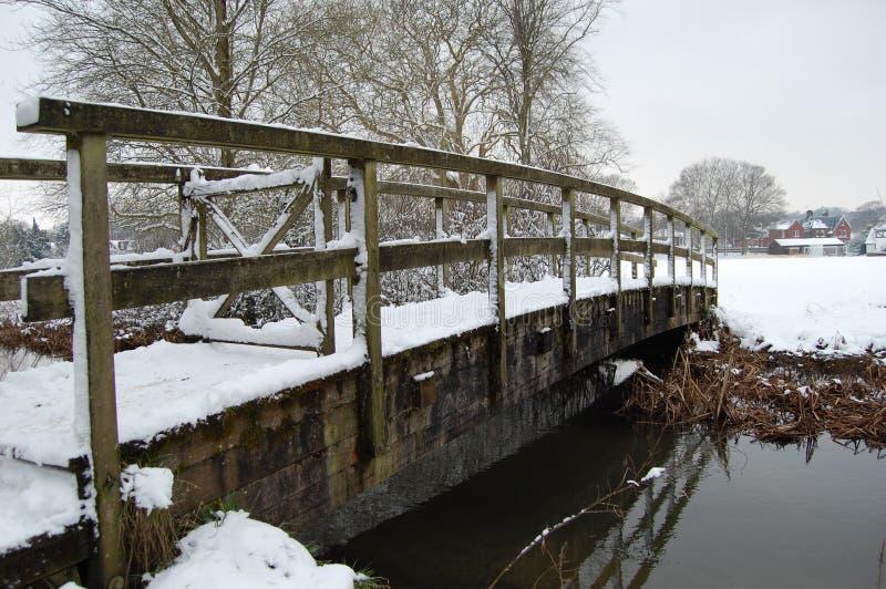 Most w śniegu zdjęcia stock