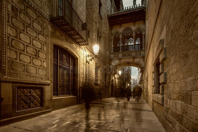 Most w Barri Gotic obrazy royalty free