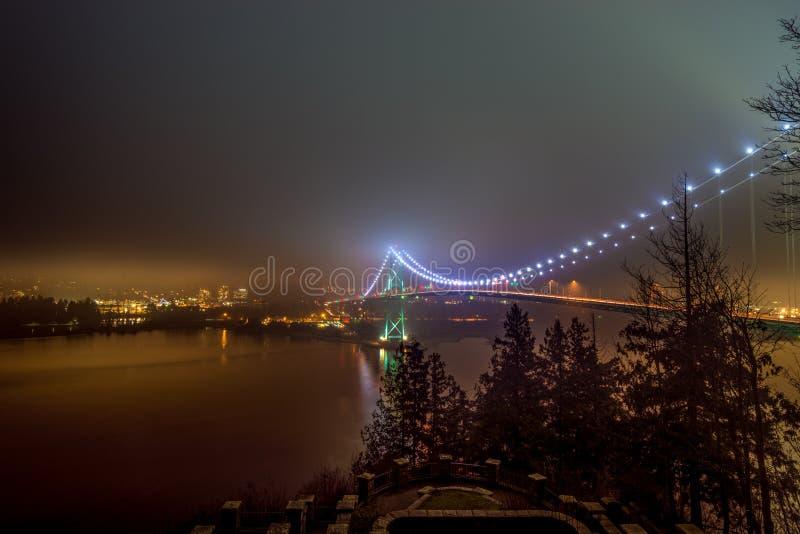 most wcześniej bramy światła lwów rano Vancouver zdjęcie royalty free