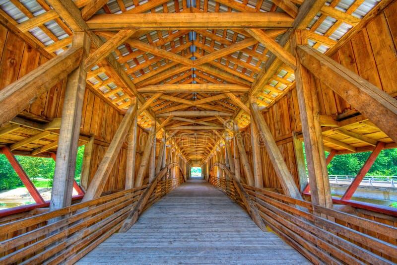 most zakrywający fotografia stock