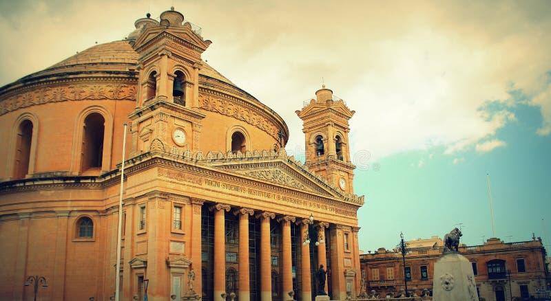Mosta, Malta - la iglesia de la suposición de nuestra señora, conocida comúnmente como el de la Rotonda de Mosta o de la bóveda d fotos de archivo libres de regalías