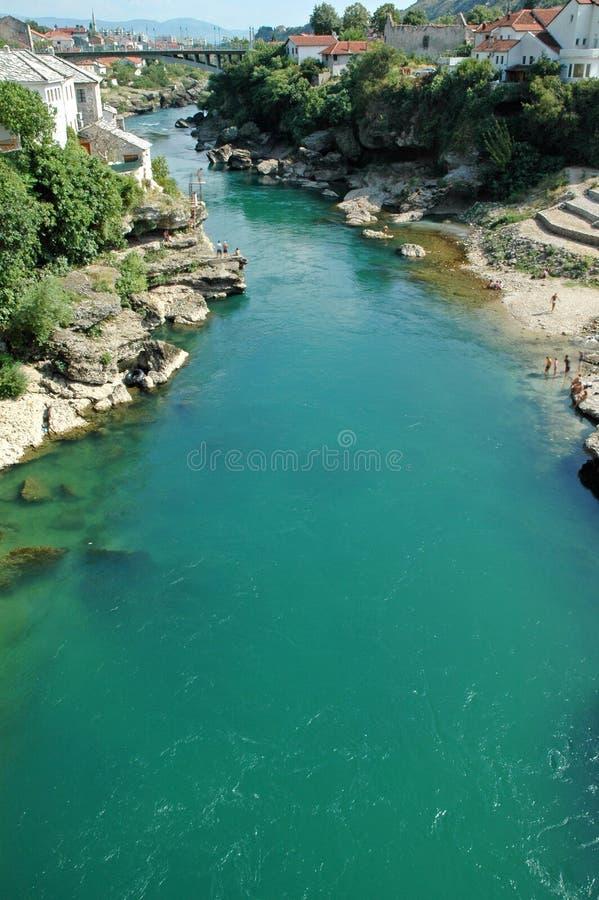 Mostar com a ponte, a Bósnia e Herzegovina famosas foto de stock