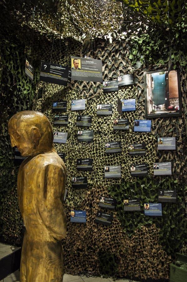 Mostar, Museum van Oorlog en Volkerenmoordslachtoffers 1992-1995, Bosnische Oorlog, oorlogsmisdaden, volkerenmoord, misdaden tege stock afbeeldingen