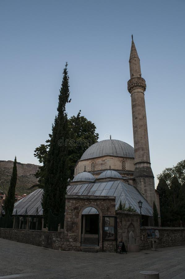 Mostar, Skyline, Moschee, Minarett, Bosnien und Herzegowina, Europa, Islam, Religion, Ort der Verehrung lizenzfreies stockbild