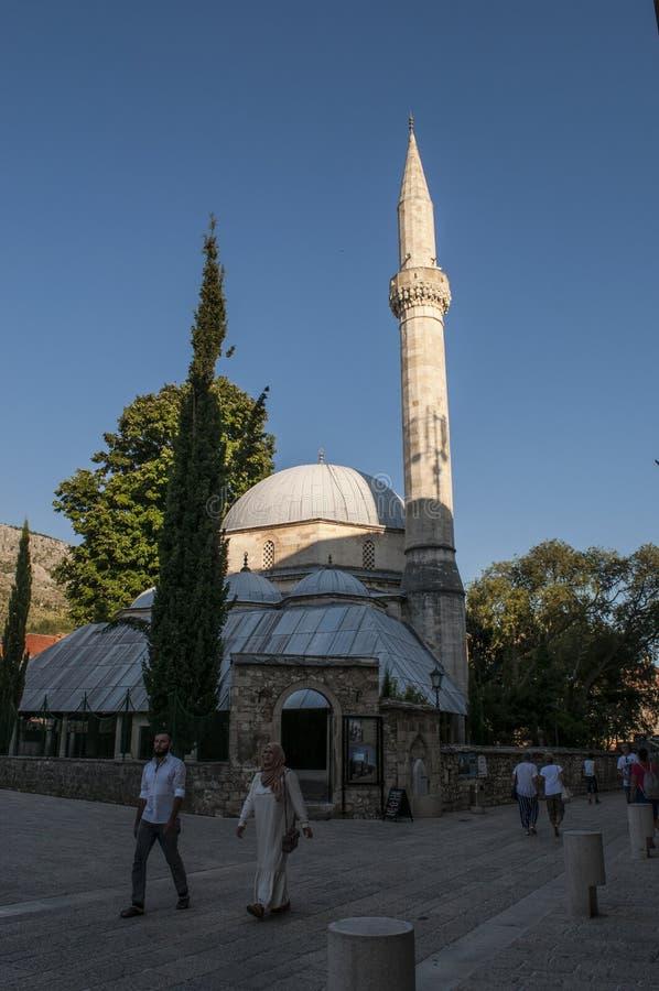 Mostar, Skyline, Moschee, Minarett, Bosnien und Herzegowina, Europa, Islam, Religion, Ort der Verehrung lizenzfreie stockbilder