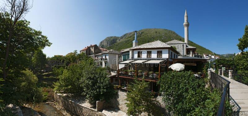 Mostar, Skyline, Moschee, Minarett, Bosnien und Herzegowina, Europa, Islam, Religion, Ort der Verehrung stockbilder