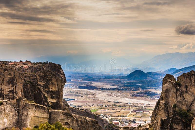 Mosteiro da Santa Trindade em Meteora, Grécia foto de stock