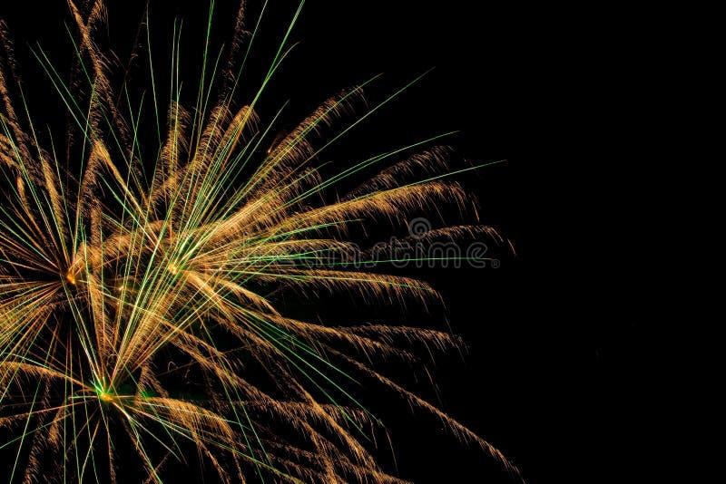 Mostra aérea dos fogos-de-artifício imagem de stock
