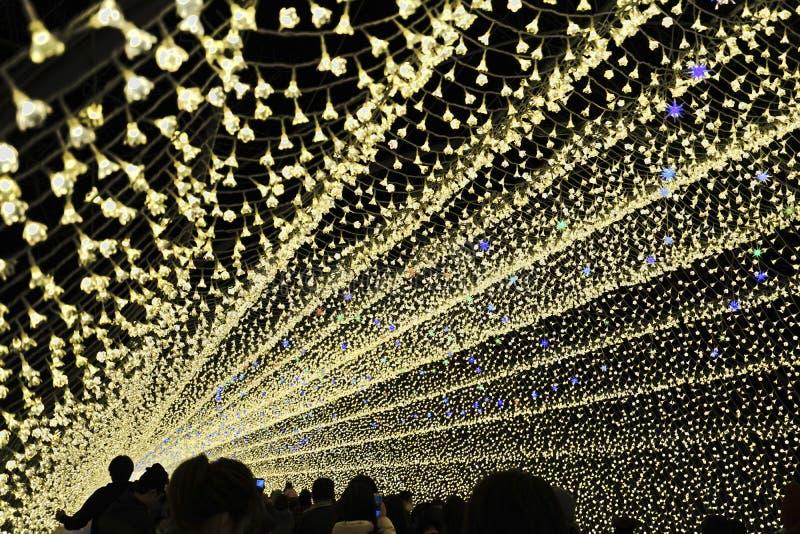 Mostra clara do túnel da iluminação em Japão imagem de stock royalty free