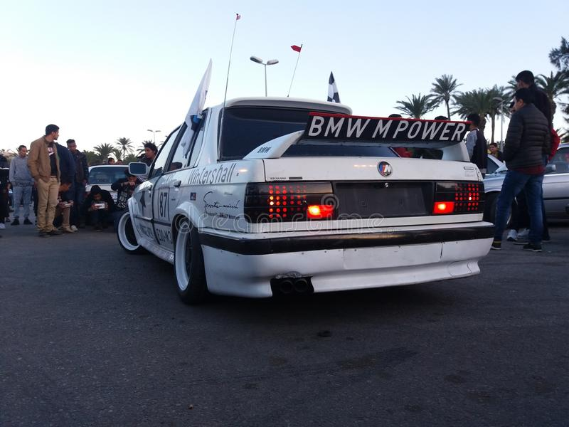Mostra de BMW em Tripoli LY imagens de stock royalty free