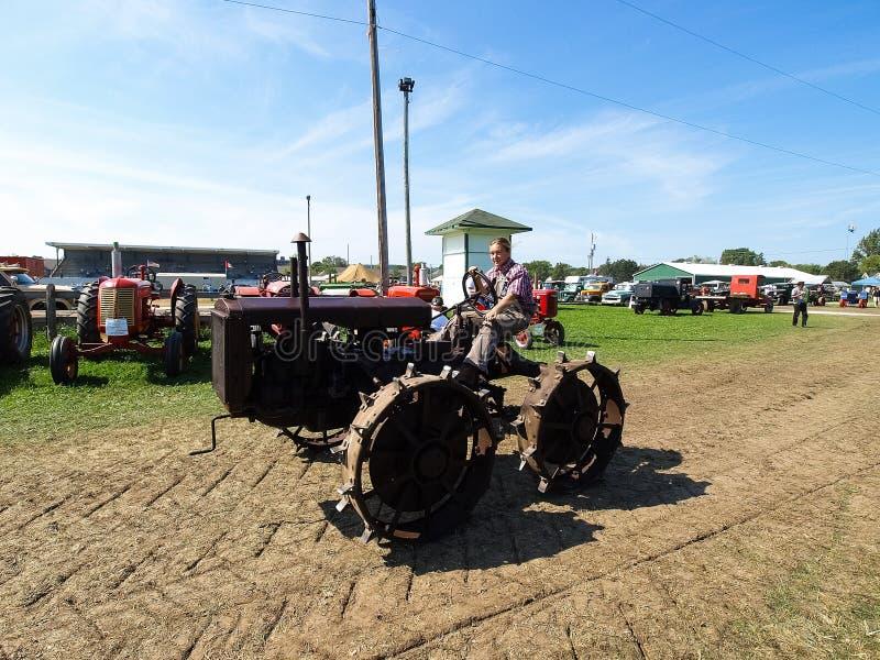 Mostra dei trattori antichi Manifestazione del trattore Mach di Agreecultural immagine stock