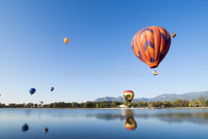 Download Mostra do balão imagem de stock. Imagem de clássico, parque - 26503169