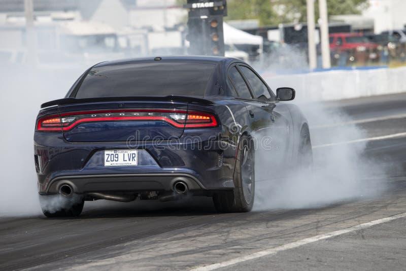 Mostra do fumo de Dodge imagem de stock