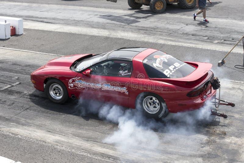 Mostra do fumo de Pontiac Firebird foto de stock