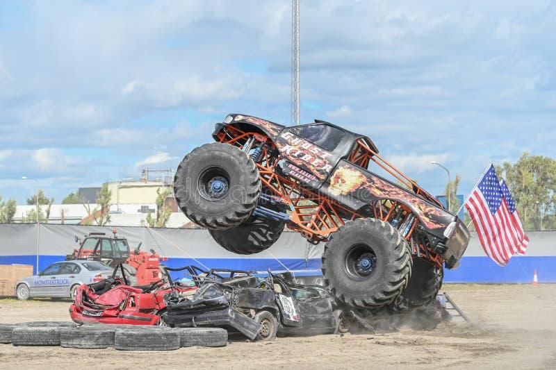 Mostra do monster truck fotografia de stock royalty free