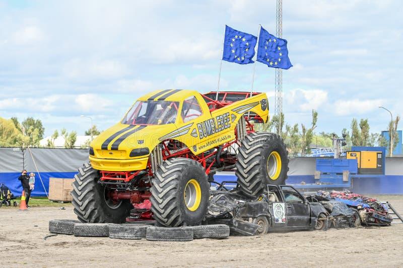 Mostra do monster truck fotografia de stock