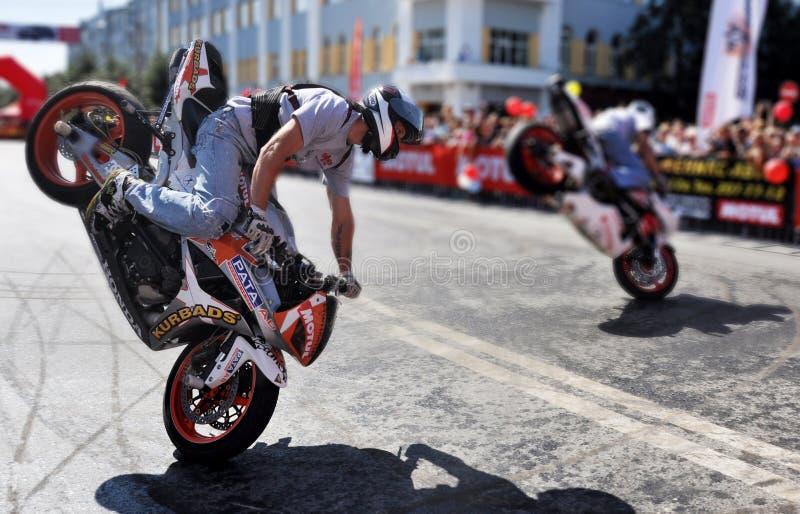 Mostra extrema do motocross do estilo livre foto de stock royalty free