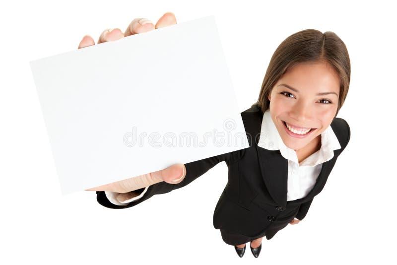 Mostrando o sinal - mulher do cartão fotos de stock royalty free