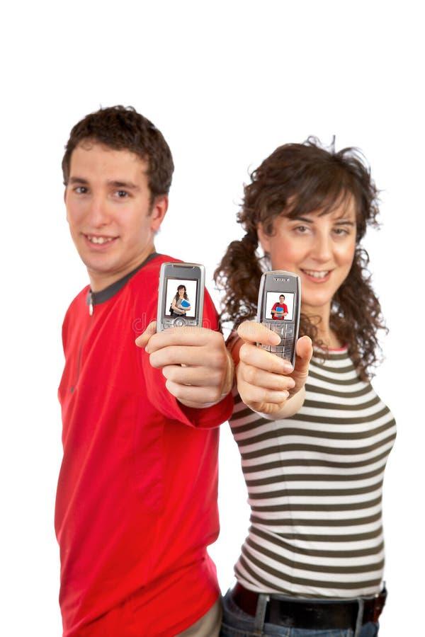 Mostrar las pantallas de los teléfonos celulares fotografía de archivo