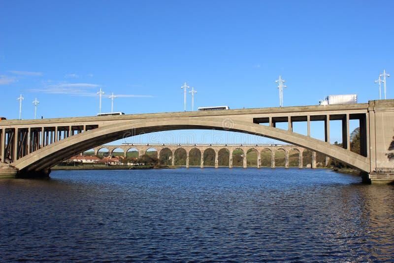 Mosty nad Rzecznym tweedem przy tweedem. obrazy stock