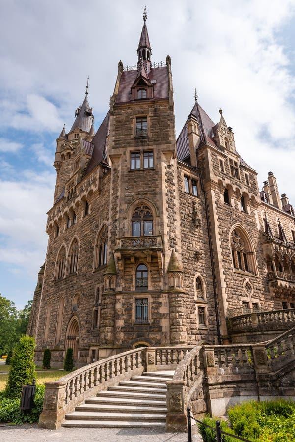 Moszna城堡在波兰西南部,其中一座在世界的最壮观的城堡从 库存照片