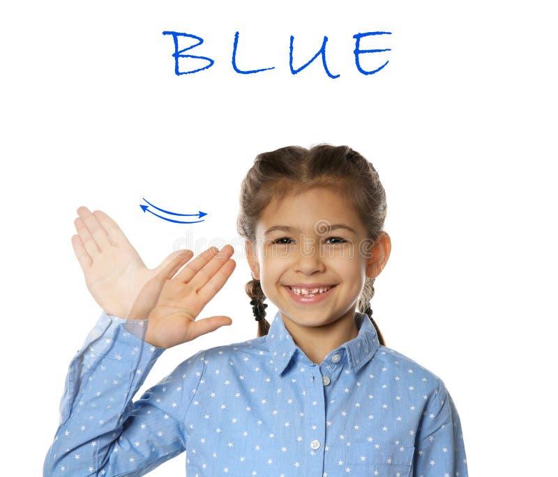 Mot BLEU d'apparence de petite fille sur le blanc Langue des signes image libre de droits