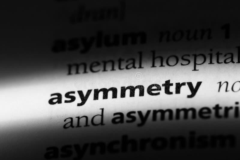 Mot d'asymétrie dans un dictionnaire concept d'asymétrie photos libres de droits