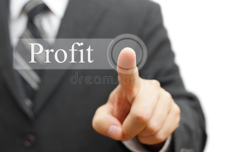 Mot de bénéfice de pressing d'homme d'affaires sur le bouton virtuel images libres de droits