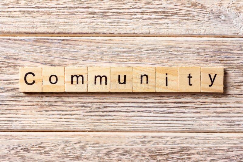 Mot de la Communauté écrit sur le bloc en bois Texte de la Communauté sur la table, concept photo libre de droits