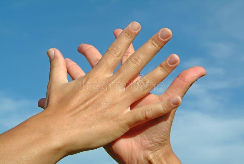 mot handskyen royaltyfria bilder