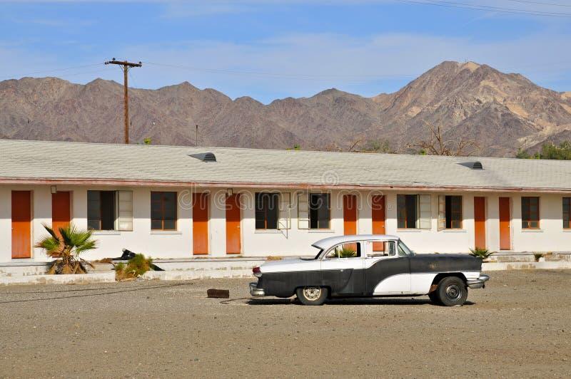 Motel in de Mojave-Woestijn langs Route 66 stock foto