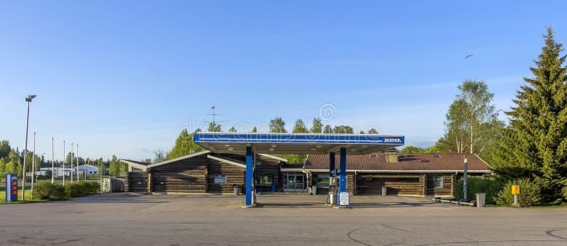 Motel und Tankstelle stockfoto