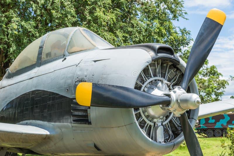 moteur à piston rond de vieux avions photos libres de droits