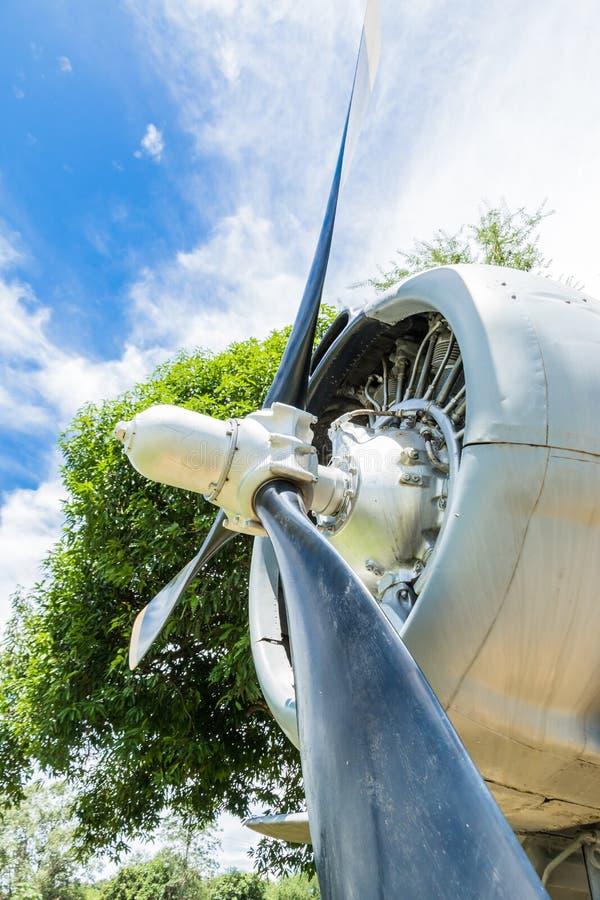 moteur à piston rond de vieux avions photographie stock