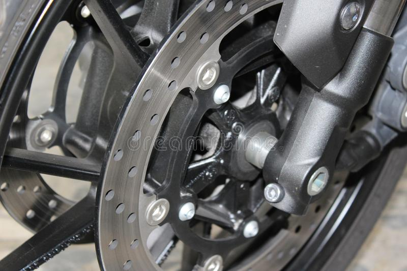 Moteur de roue avec des freins de disque photographie stock