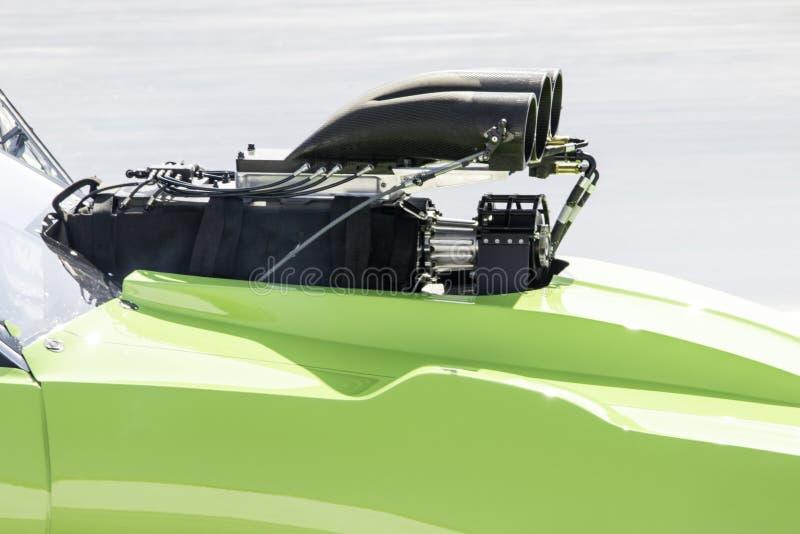 Moteur de voiture ? moteur gonfl? photos stock