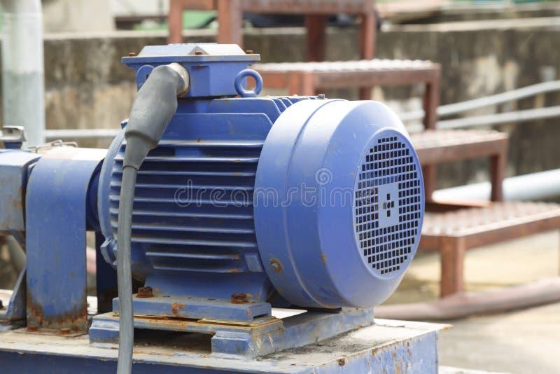 Moteurs électriques puissants pour l'équipement industriel moderne photo libre de droits