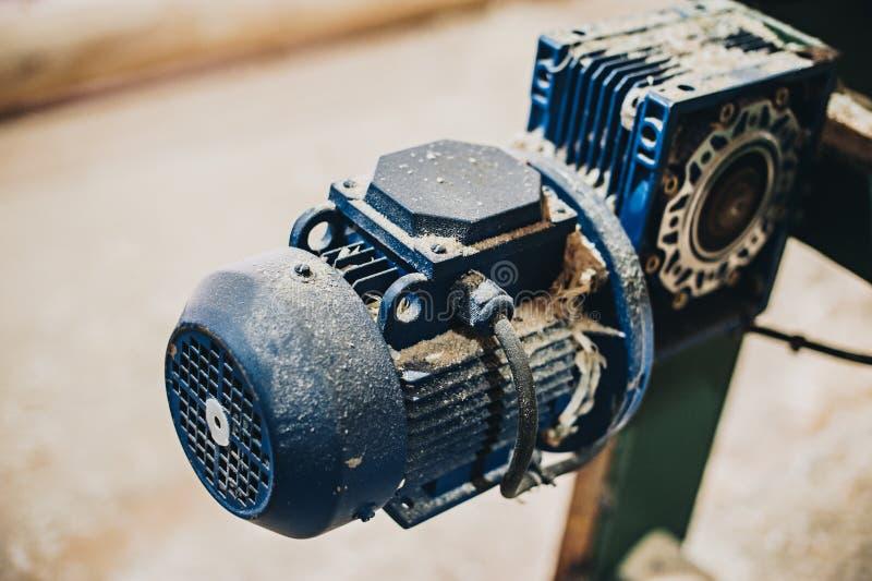 Moteurs électriques puissants pour l'équipement industriel moderne photo stock