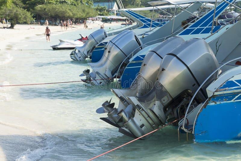 Moteurs de bateau photo stock