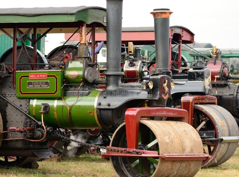Moteurs de traction à une foire de vapeur images stock