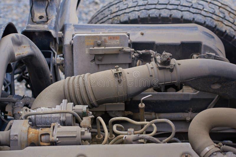 Moteurs diesel, pièces de rechange à l'intérieur des camions et équipement spécial de fin du Japon  images stock