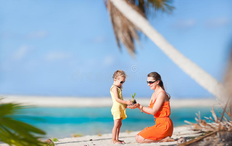 Download Mother And Daughter At Beach Stock Image - Image: 27872929