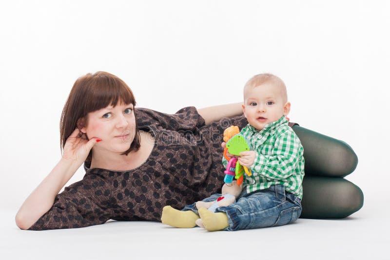 Fostra och sonen arkivfoto