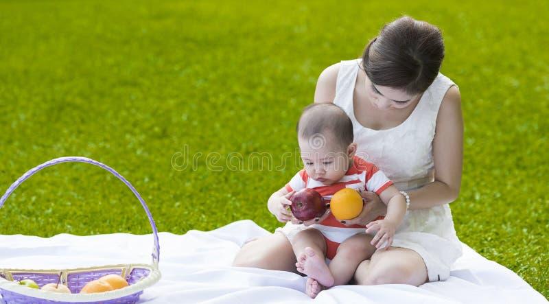 mother sonen royaltyfria foton