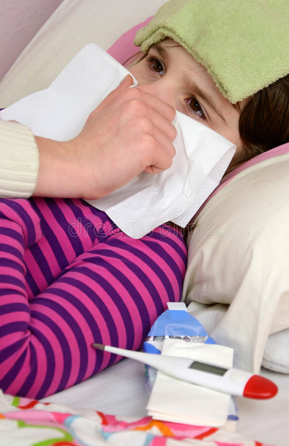 Mothers help with handkerchief