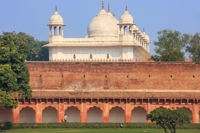 Moti Masjid Pearl Mosque in Agra-Fort, Uttar Pradesh, India stock afbeeldingen