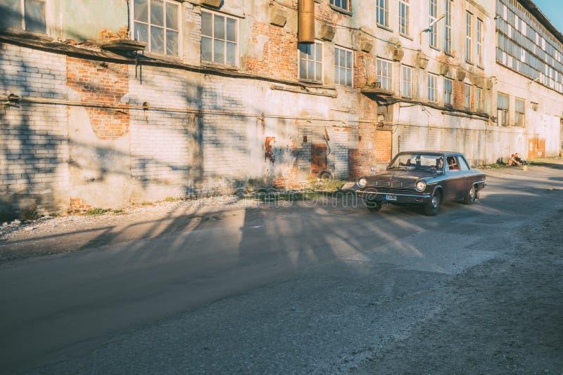 In motie 1965 Ford Mustang royalty-vrije stock afbeeldingen