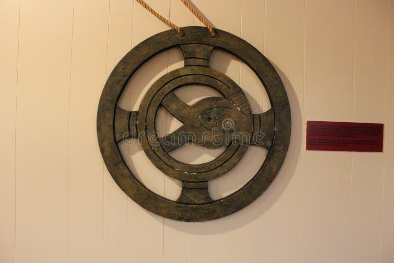 Motif en métal trouvé au monticule d'Etowah photographie stock libre de droits