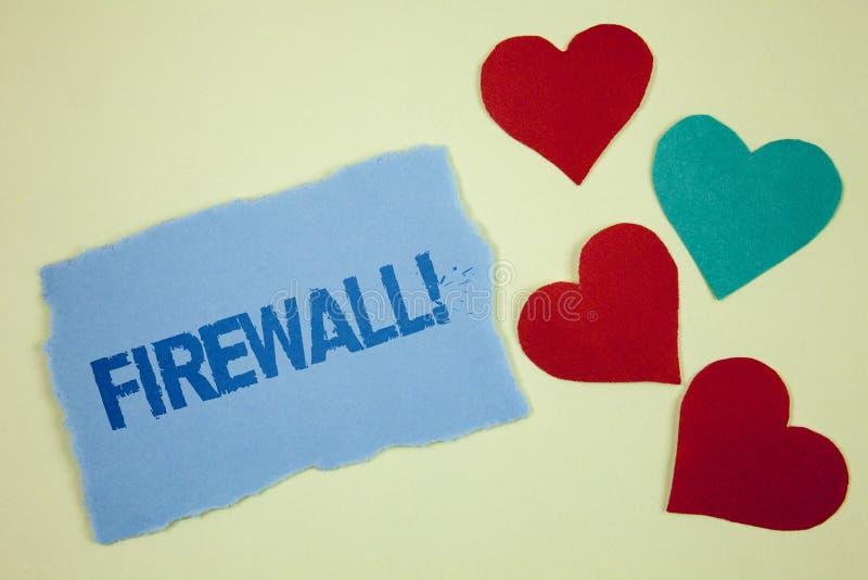 Motivational appell för handskrifttextFirewall Begreppet som betyder Malware skydd, förhindrar internetbedrägerier som är skriftl royaltyfri foto