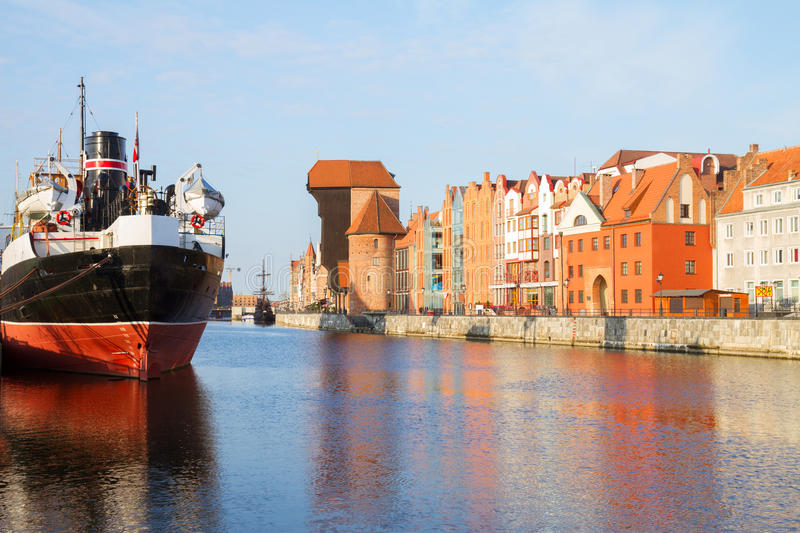 Download Motlawa Quay And Old  Gdansk Stock Image - Image: 35788571